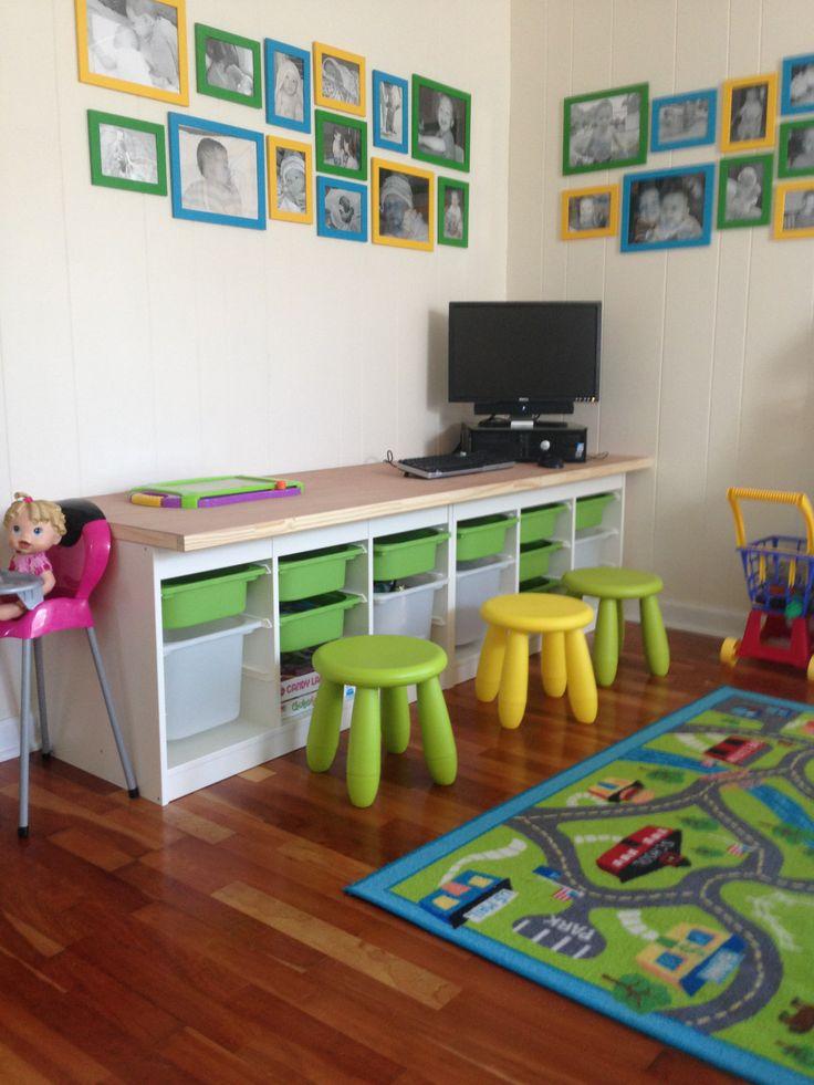 kids room computer station a computer a door slab 2. Black Bedroom Furniture Sets. Home Design Ideas