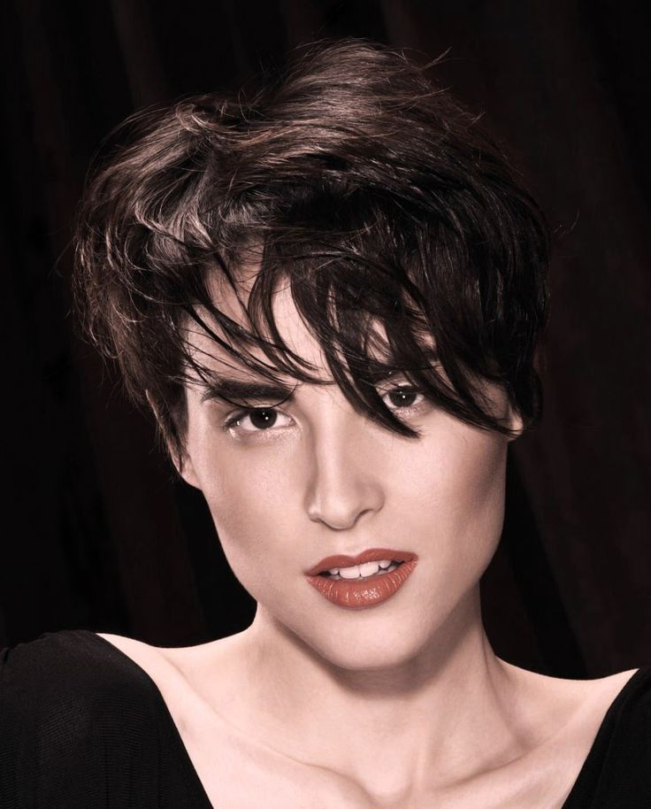 Причёска с НАКЛАДКОЙ на Пробор - стрижка боб, шатен коричневый, прямые волосы www.aleksandr-and-olga.ru www.livemaster.ru/hair-collection