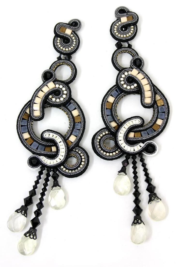 DORI CSENGERI Anais #earrings from Israel at the 2012 #NYIGF