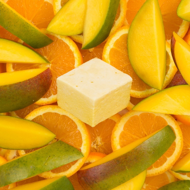 Mango & Sweet Orange  We take whole alphonso mangos and create a fresh purée- you can see the delicate mango flesh throughout our marshmallow- we then add a dash of organic sweet orange to create an intensly fruity taste of summer.