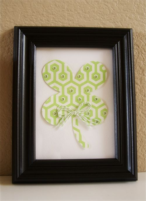Hi friends! I have a fabulous project from design team member Ashley Harris to share with you today. Ashley made an awesome framed wall hanging for St. Patrick's Day. What a cute idea!! This co...