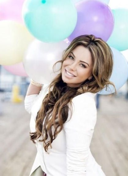 Chiquis in control : mexican : beautiful