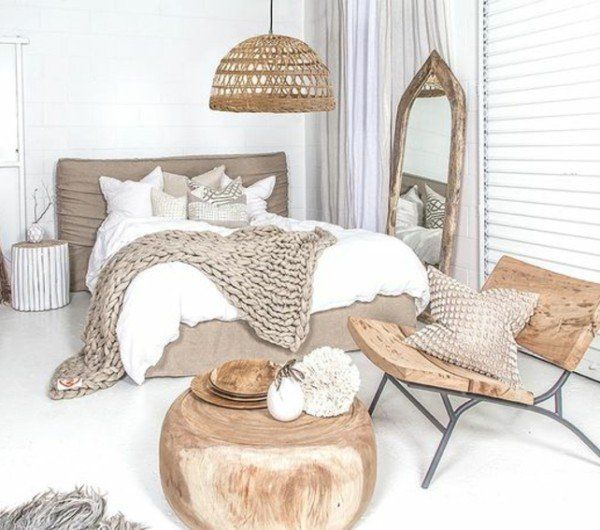 25 best ideas about deco chambre a coucher on pinterest for Chambre blanc et taupe