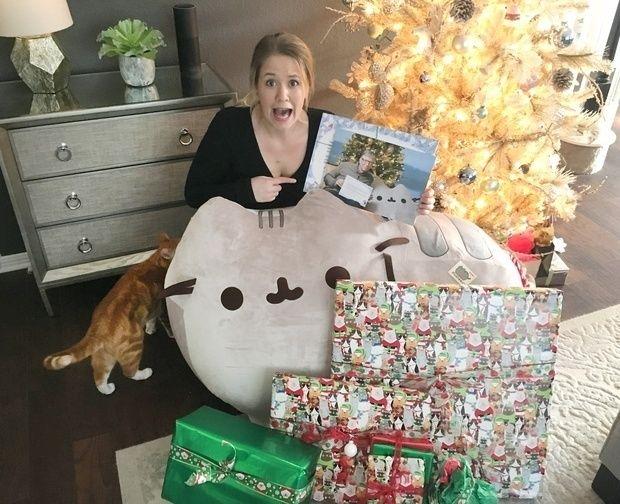 Lucky Reddit User Got Bill Gates As Her Secret Santa Secret Santa Secret Santa Gift Exchange Diy Xmas Gifts