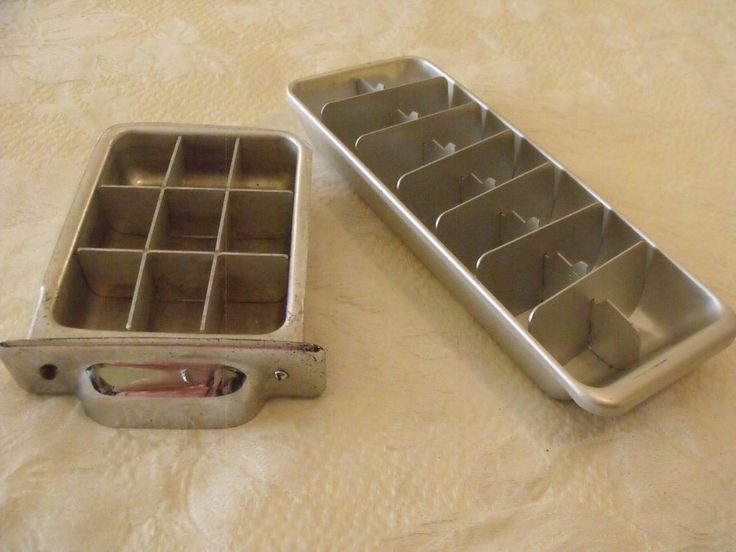 Pair Vtg Ice Cube Trays Aluminum Metal  1 Full 14 Cubes 1 Half 9 Cubes Unmarked  #Unknown