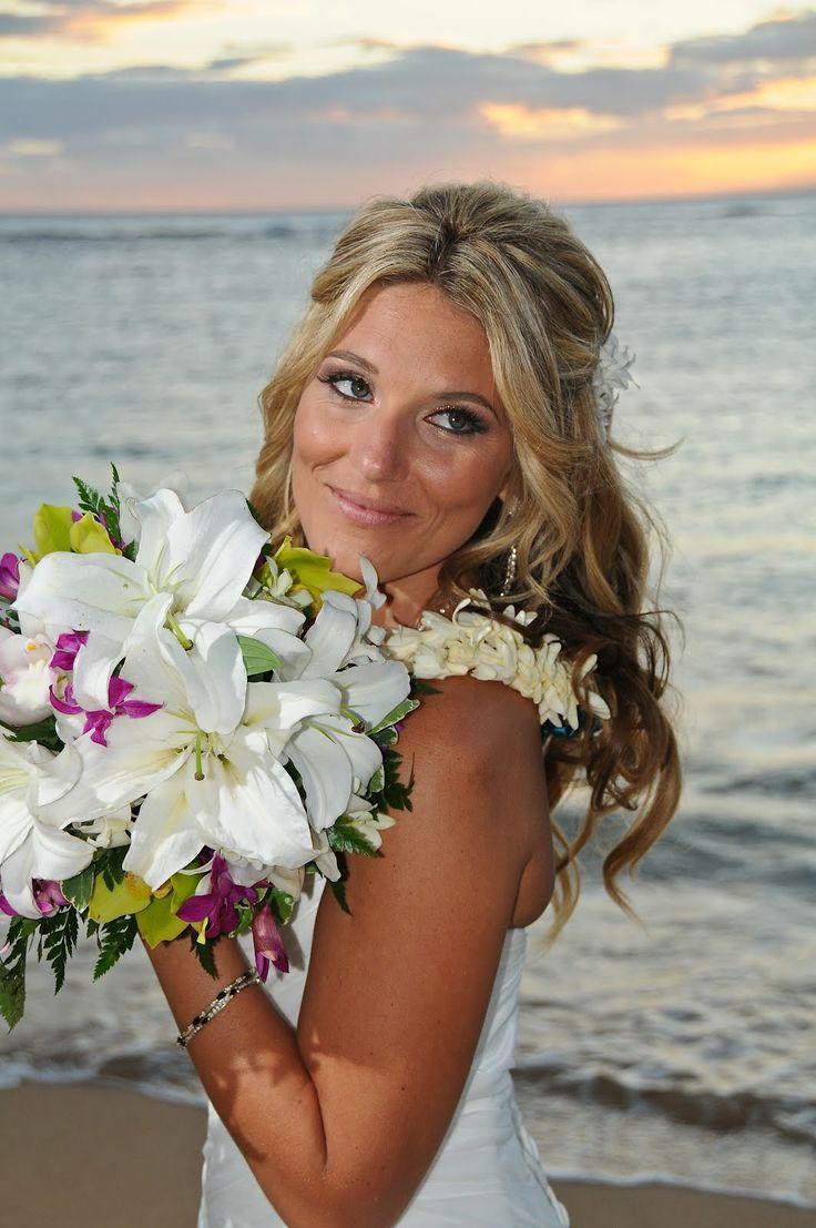wedding flowers hawaiian immagini. Black Bedroom Furniture Sets. Home Design Ideas