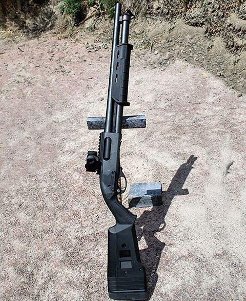 Remington 870 Express Tactical Magpul12 Gauge