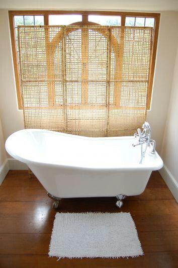 Enkelt og delikat bad - Wick Court utenfor Bristol