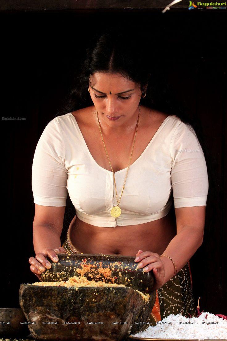 Shweta Menon Actress Photos