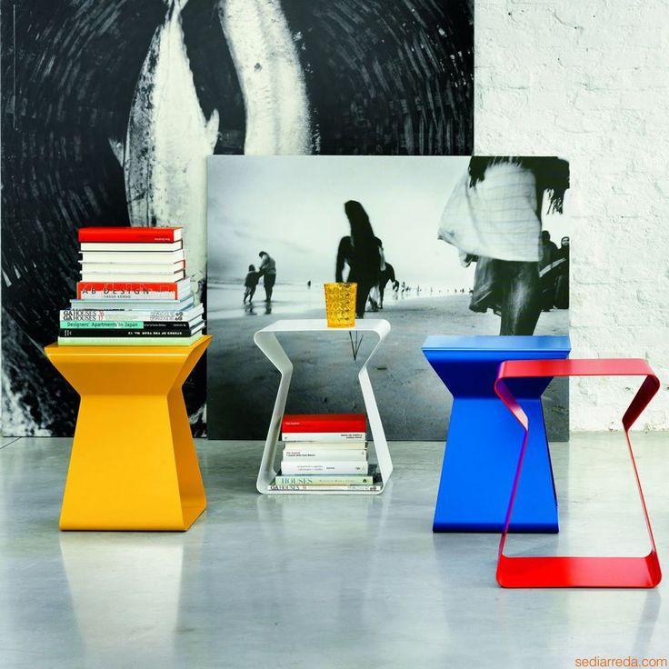 Kito | Tavolini nei colori: giallo, bianco, blu e rosso