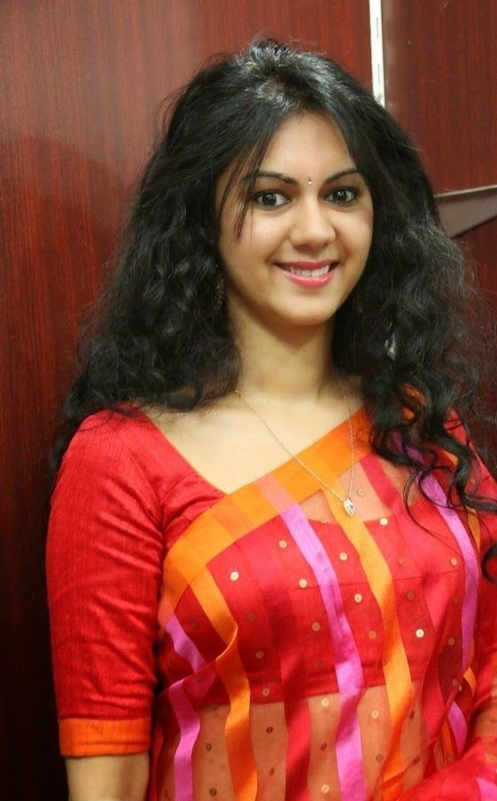 Actress Kamna Jethmalani Latest Cute Hot Transparent Exclusive Red Saree Navel Show Spicy Photos Gallery At GC Hypermart Launch