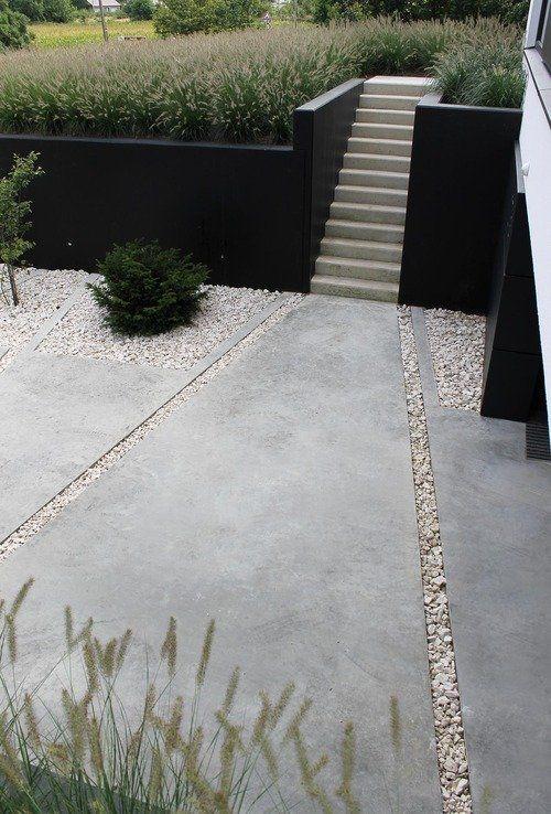 jardin sur pente: mur de soutènement, escalier et graminées