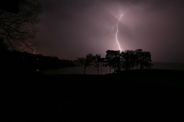 Nothing as pretty as lightningAmazing Photos