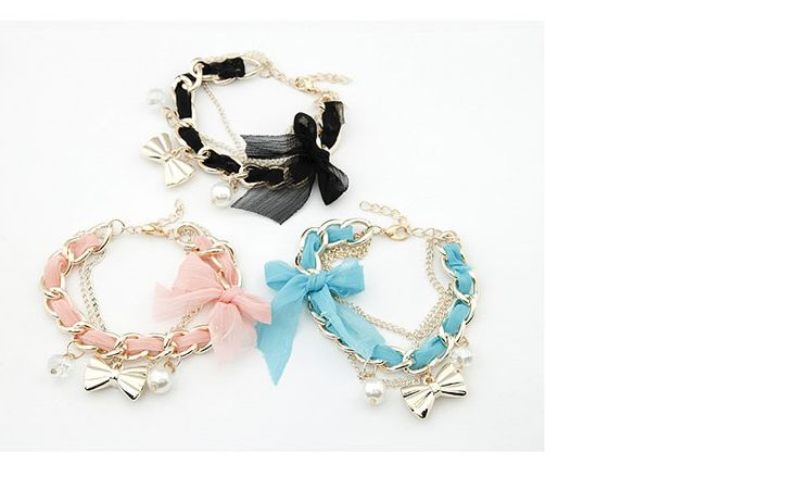 Material charm bracelet Available in Pink, blue and white Price: R45
