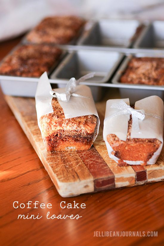 Sour cream coffee cake in petite loaves that are perfect for gifting! | Jellibeanjournals.com