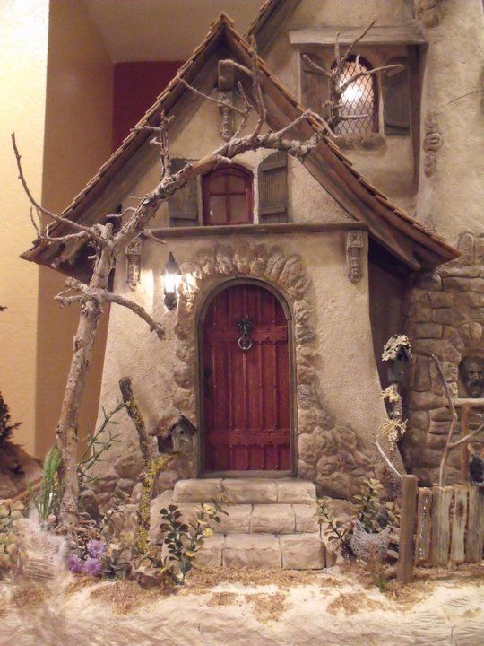 Huntley house miniatures don silva witches cottage for Witches cottage house plans