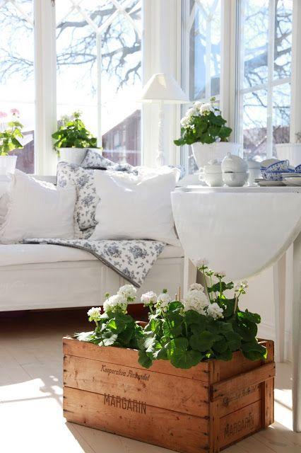 cottage porch <3