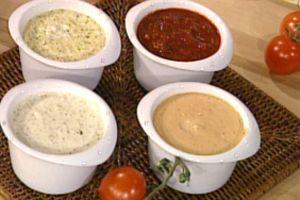 4 recettes de Sauces d'accompagnement pour fondues.