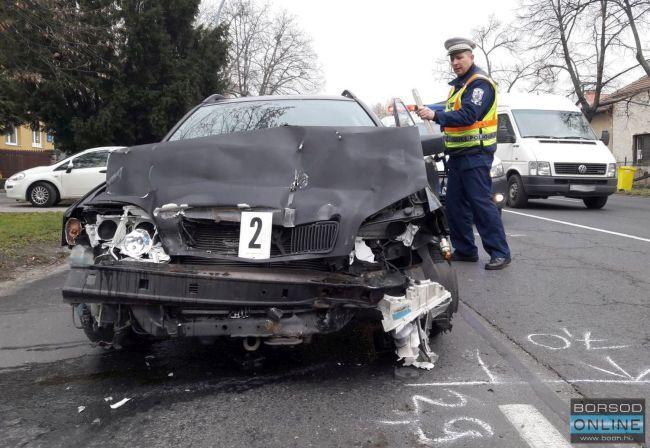 Szemétszállítóba hajtott egy Volvo Miskolcon, eltört a munkás lába