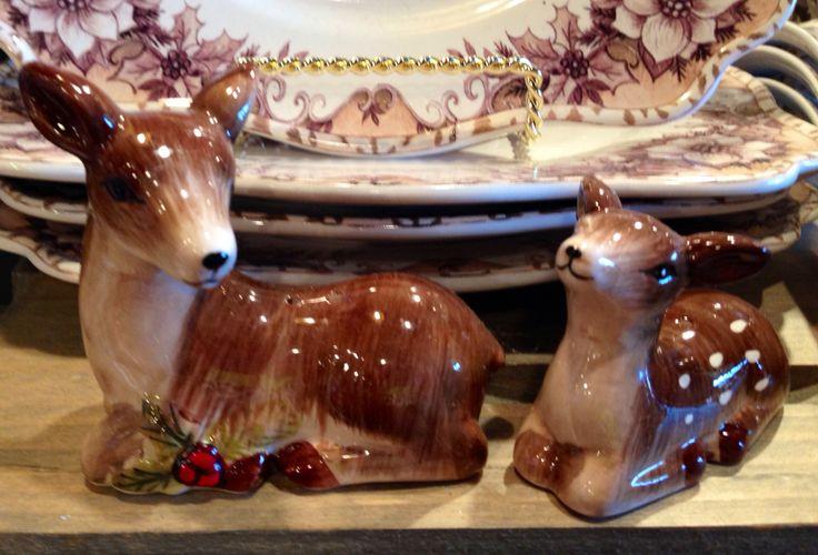 Christmas 'Deer' Salt & Pepper Shakers/Cracker Barrel Gift Shop
