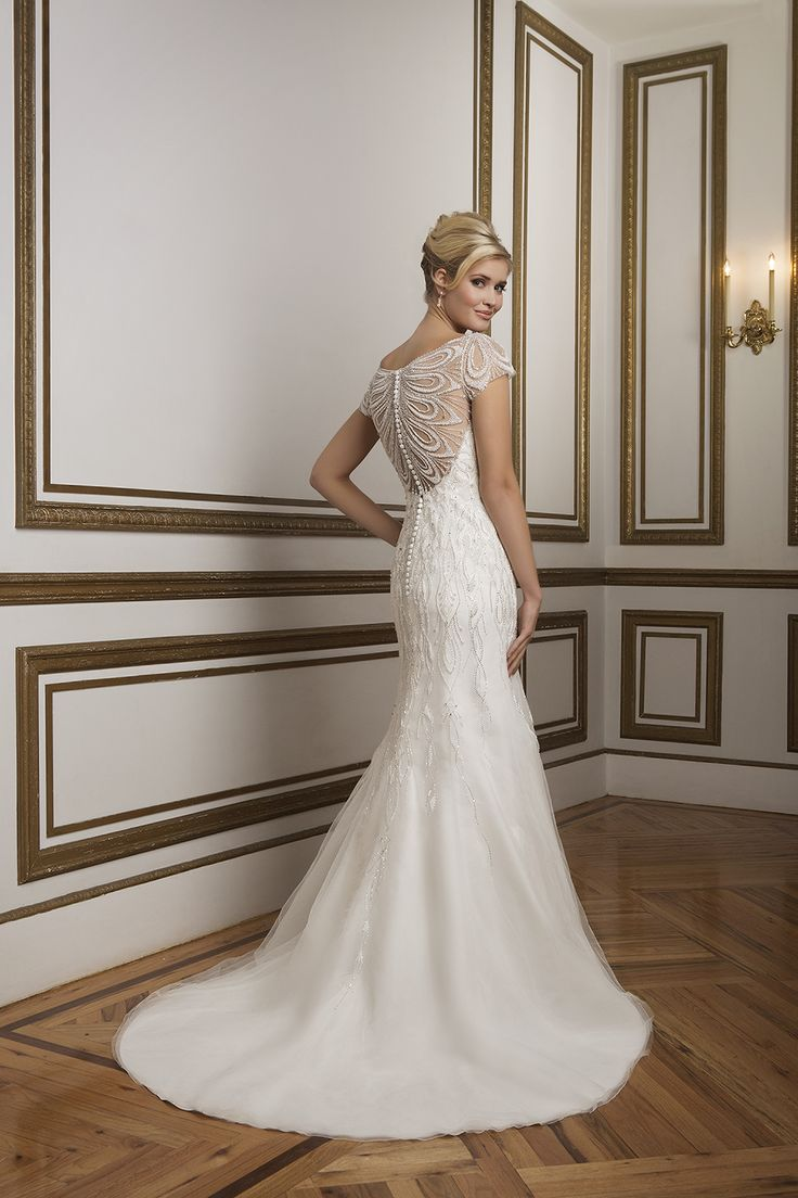 Style 8846. 2016 Justin Alexander collection #weddingdress #beading #back