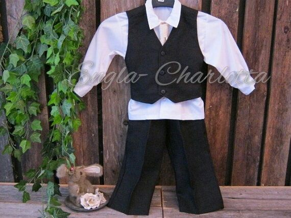 Black linen suit. Boys linen suit. Ring bearer outfit in linen.Toddler boy formal wear. Boys special occasion. Boys wedding suit
