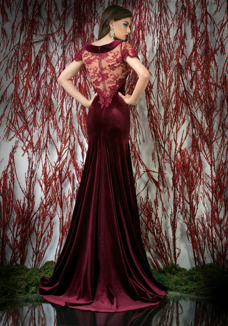 Bordeaux velvet and lace mermaid evening dress with short butterfly sleeves and manual beaded embroidery ♥   Shop your style online or book your appointment in a BIEN SAVVY store: Bucuresti: office@biensavvy.ro / +40757 370 108 Constanta: constanta@biensavvy.ro / +40757 825 185 Brasov brasov@biensavvy.ro / +40757 415 563