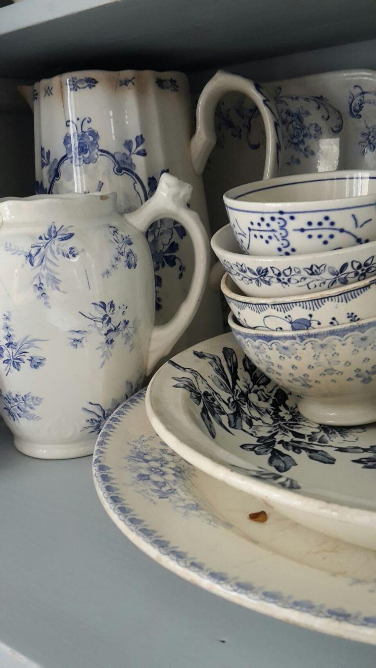 Oud blauw aardewerk Regout en SCM