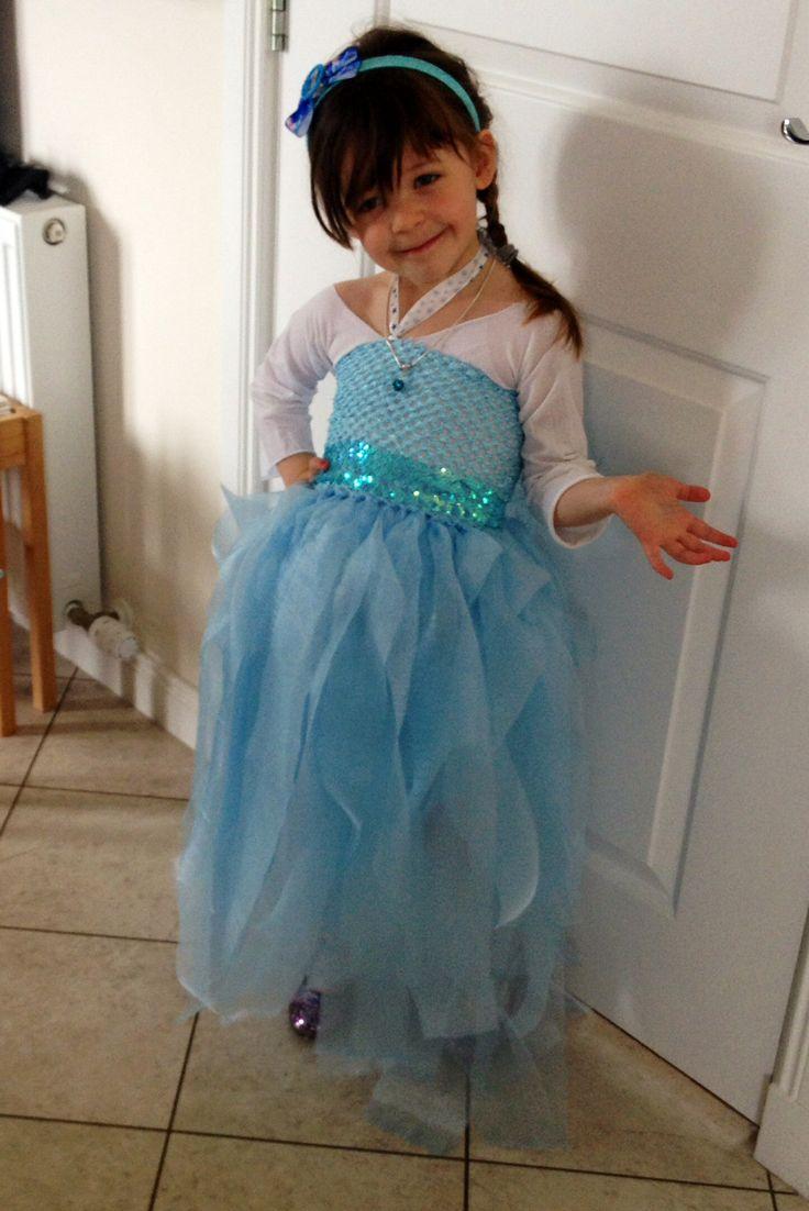 Homemade elsa dress...no sew | Cute Costumes | Pinterest ...