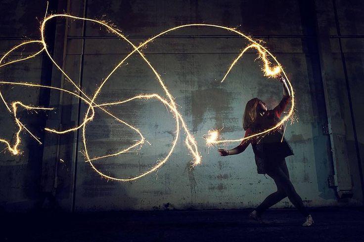 https://flic.kr/p/CHTTSm | Dancer with sparklers #portrait #dance #artist #fujifilm #sparklers #fireworks #ballerina #urban