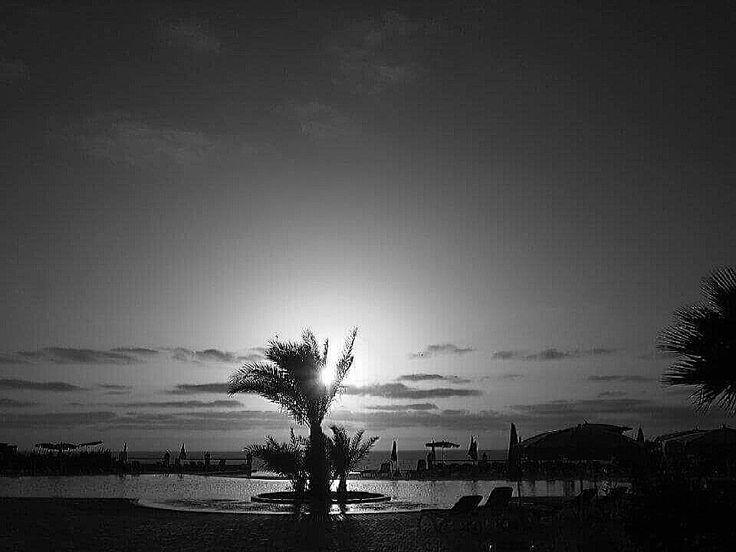 B&W - Sunset (Cabo verde / Ilha da Boavista)