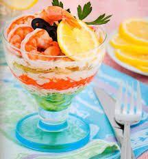 Картинки по запросу салат коктейль с креветками с фото