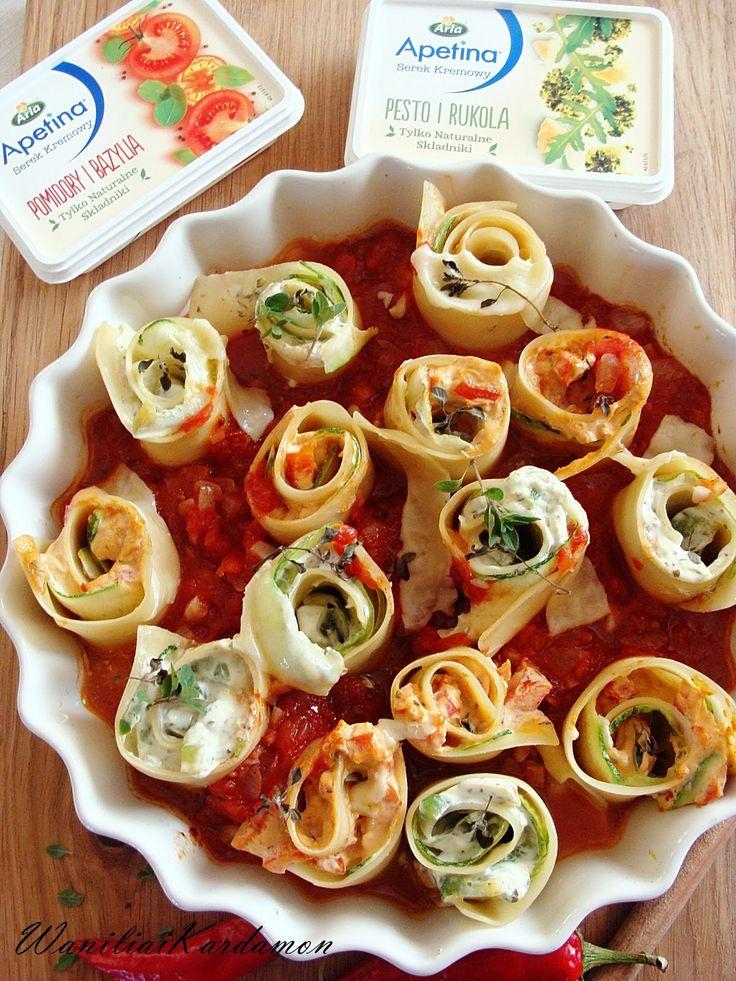Dwusmakowe Makaronowe Roladki w Pomidorach