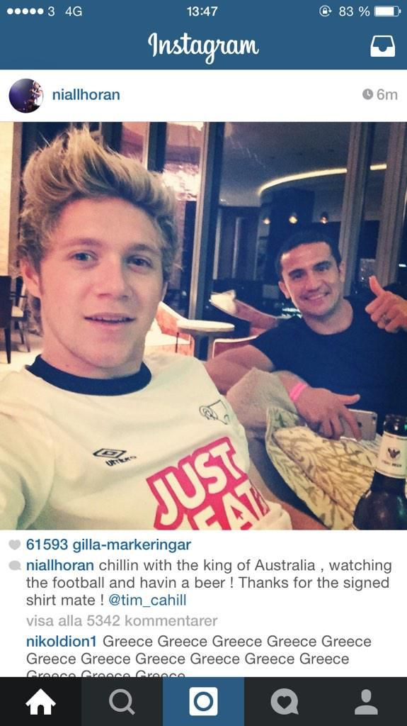 Aww Niall is just a fanboy. He's 1D af, 5sos af, Tim Cahill af, Ireland af. Can't get any better than that.