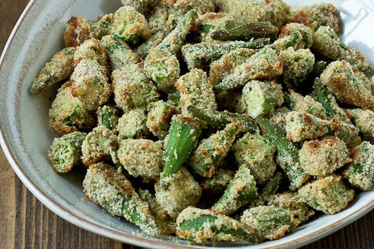 Enjoy a crispy snack that's tasty and good for digestion with these oven-fried okra from @kristinalaruerd.