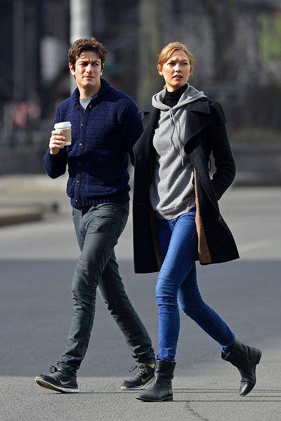 カーリー・クロス - 超地味なシンプル私服なのにかっこいい!NY私服 | 海外セレブファッションスナップ CELEB SNAP