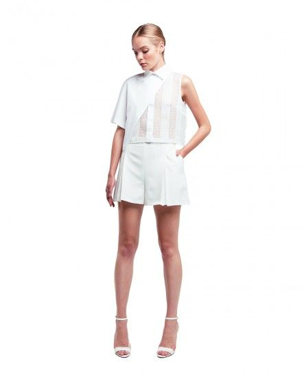 Short Sleeve Blouse with Pointed Collar and Double Pleated Front Short