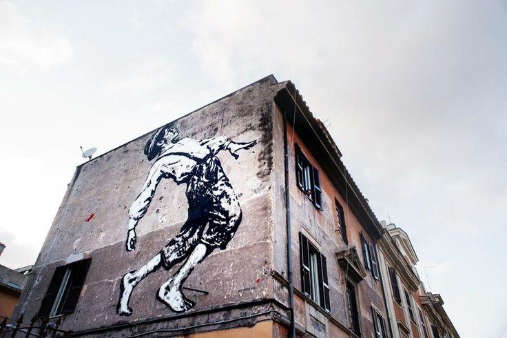 "Roma il murales ""Tom"", appena concluso dallo street artist francese Jef Aérosol a Torpignattara, Via Gabrio Serbelloni 60"