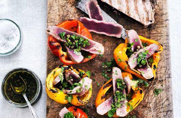 Grillede peberfrugter med tun