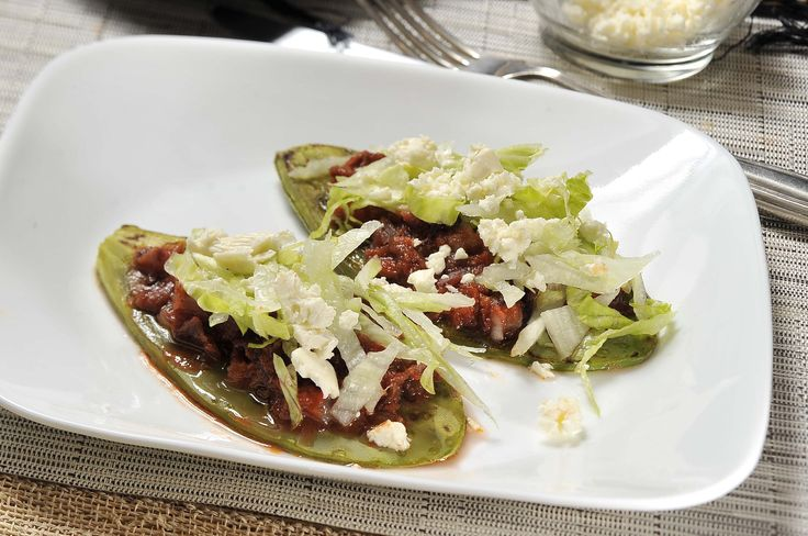 Huaraches de nopal con tinga de jamaica | Cocina y Comparte | Recetas de Cocina al natural