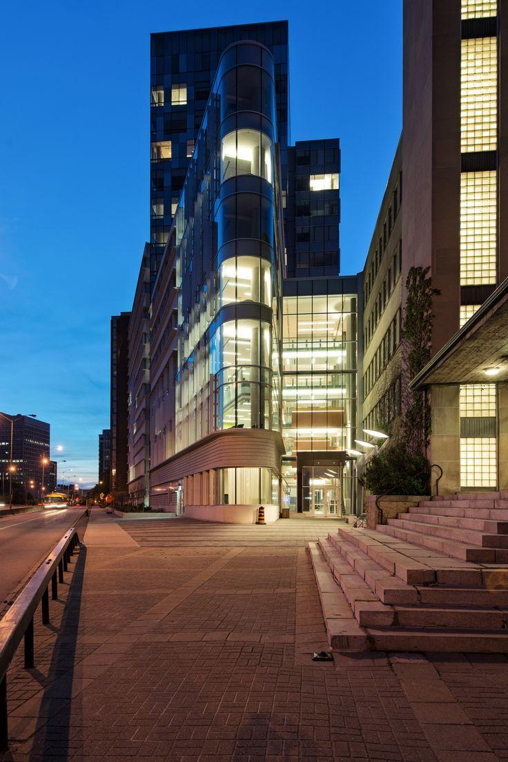 University of Ottawa,Courtesy of Diamond Schmitt Architects