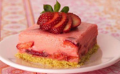 Γιαουρτογλυκό με φράουλα