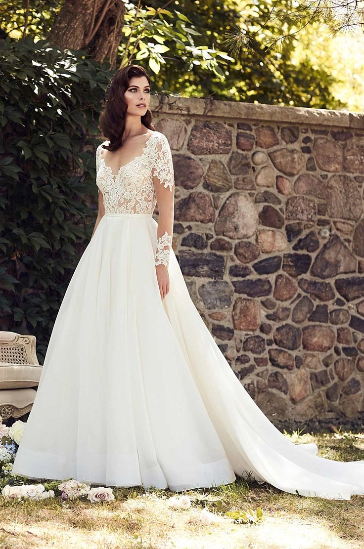 Paloma Blanca Spring 2017 Bridal Wedding Dress Collection