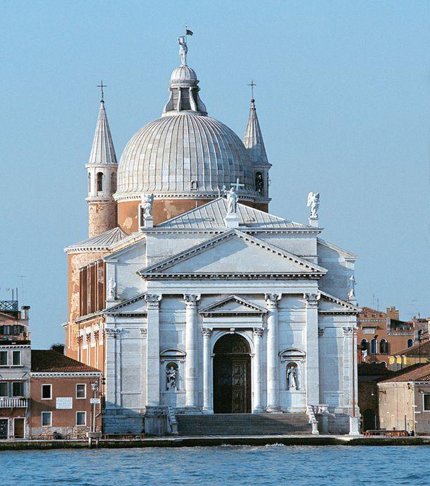 Ars longa, vita brevis | Путь искусства долог - Андреа Палладио - законодатель архитектурной моды. Фасад венецианской церкви Иль Реденторе (заложена в 1577 году) состоит из двух классических портиков, наложенных друг на друга.