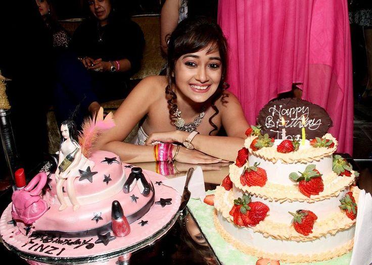 Tina Dutta birthday celebration