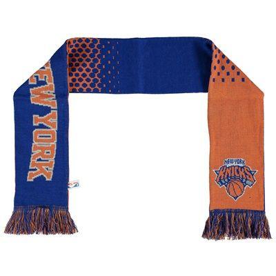 New York Knicks Fade Scarf: New York Knicks Fade Scarf #nbastore #nbastoreeurope