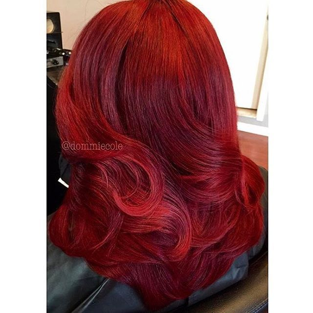 STYLIST FEATURE| This color is GORG❤️ Vibrant red hair extensions colored by #phillystylist @dommiecole #voiceofhair ✂️========================== Go to VoiceOfHair.com ========================= Find hairstyles and hair tips! =========================