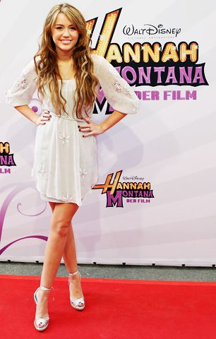 As a young teenager, Miley starred on the hit Disney Channel show as Hannah Montana.