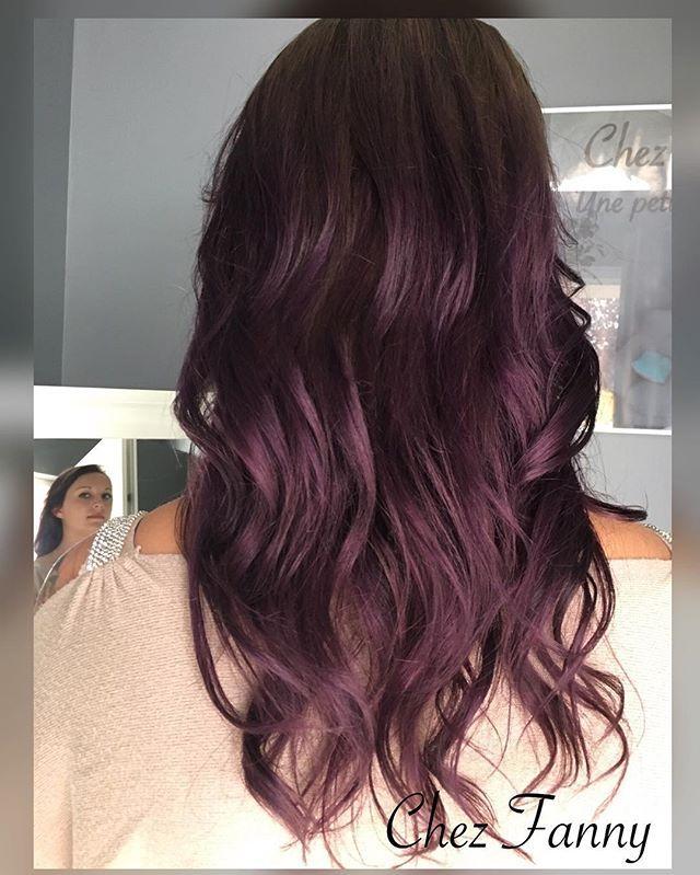 Audace : voici l'un des mots d'ordre des tendances de l'hiver . Déluge de mauve , violet , rose !! #ombrehair #ombreviolet #hair #coiffance #hairdresser #burgundy #hairstyle #haircolor #ghd
