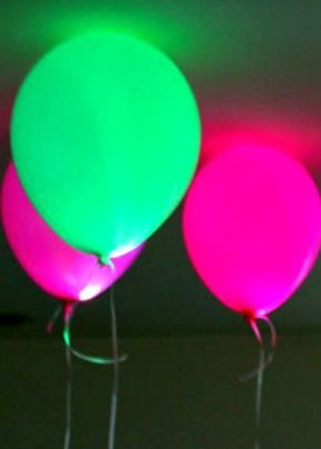 Glow in the Dark Party I Put LED's or glow sticks in your balloons to make them #Party Ideas| http://partyideas.hana.lemoncoin.org